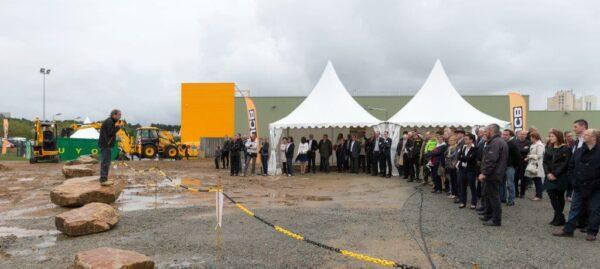 inauguration JCB Ateliers CAUGANT 22 mai 2014